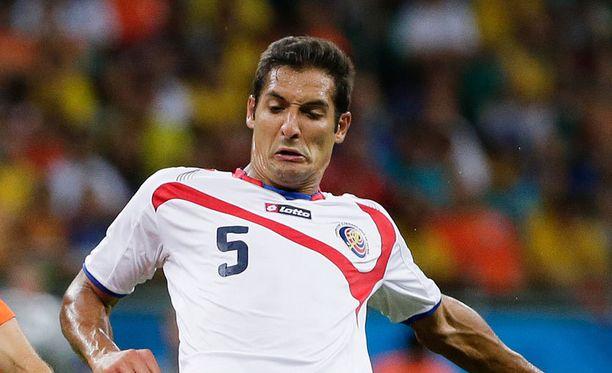 Celso Borges raatoi hyvän turnauksen Costa Rican keskikentällä.
