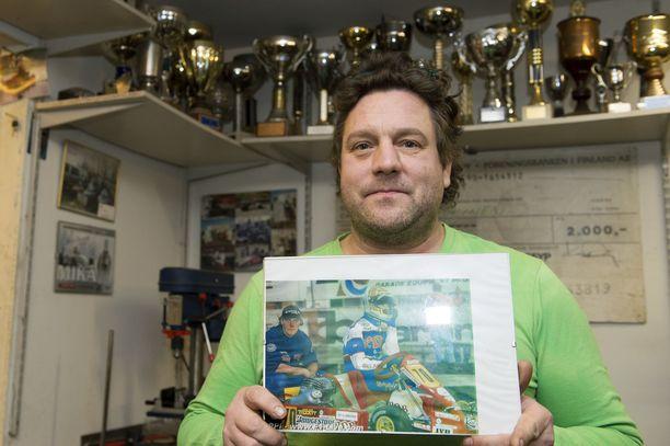 Kalle Jokisella riitti muistoja hänen ja Kimi Räikkösen värikkäältä yhteiseltä taipaleelta.