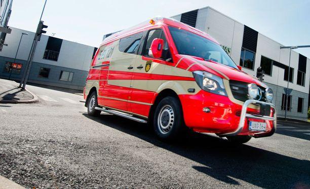 Ambulanssi (kuvituskuva).