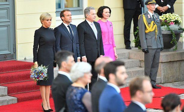 Ranskan presidenttiparin vierailu Suomessa kestää torstaihin saakka.