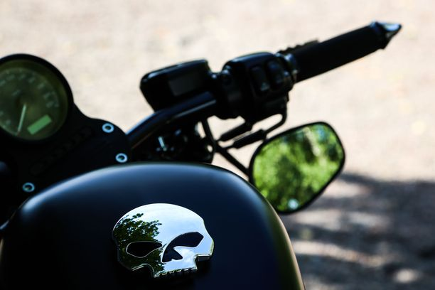 Moottoripyöräilijä kuoli liikenneonnettomuudessa Kajaanissa. Kuvituskuva.