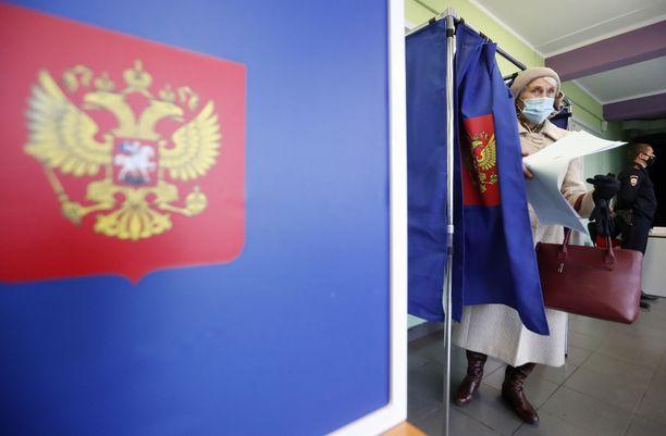 Äänestyspaikka Pietarissa.