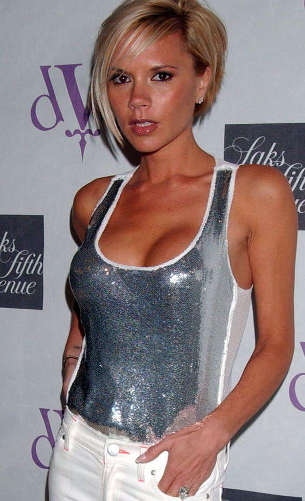Victoria Beckham ennen...