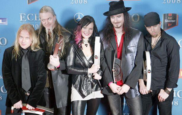 Nightwish kävi pokkaamassa palkinnot perjantai-iltana Berliinistä.