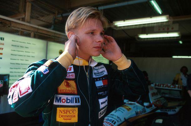 Mika Salosta tuli F1-kuljettaja Japanissa 1994. Mutta mitä jos hän olisi saanut sopimuksen Jordanin kanssa 1991?