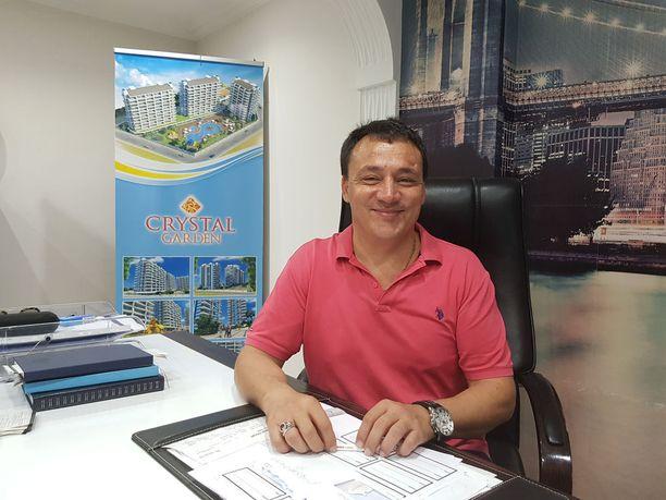 Bayram Ali Geçgel on koko matkailukauden Alanyassa Turkissa.