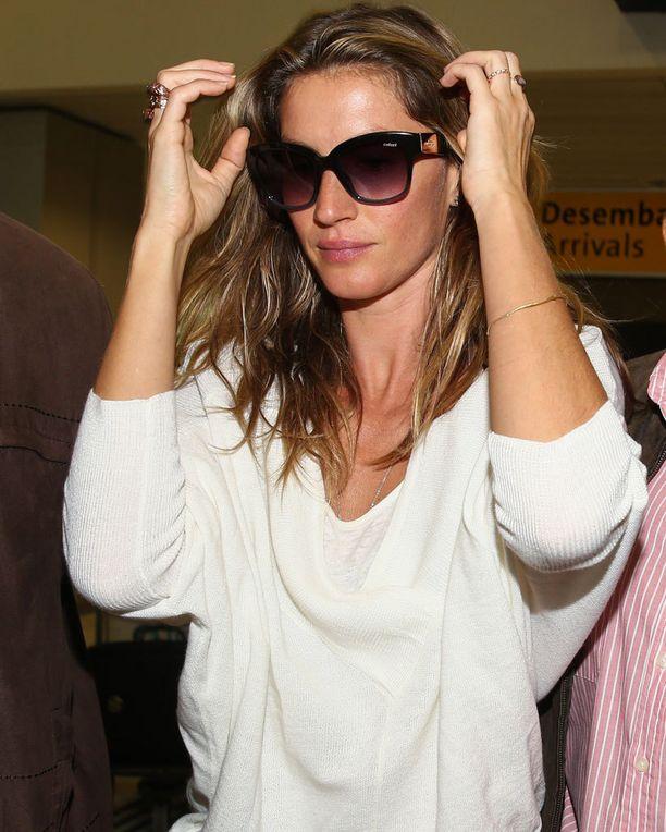 Gisele saapui São Pauloon tiistaina.