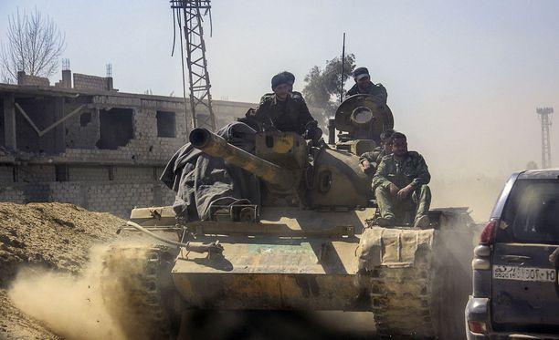 Itä-Ghouta Yli 1 220 siviiliä on saanut surmansa helmikuun 18. päivän jälkeen Itä-Ghoutassa.