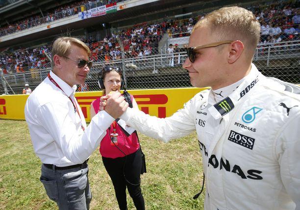 Mika Häkkinen on seurannut Valtteri Bottaksen F1-uraa läheltä ja tarkasti.