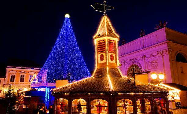 Potsdamissa järjestetään joka vuosi joulumarkkinat. Kuva vuodelta 2004.