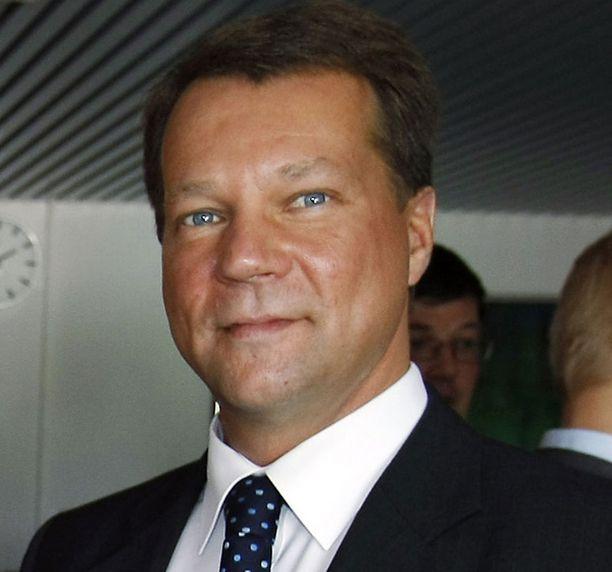 Jukka Mäkelä ei pidä kunnallisveron korotusta ratkaisuna kuntien talousongelmiin.