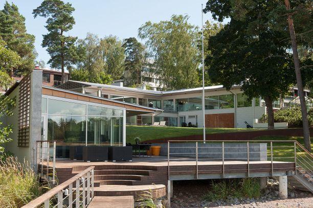 Viime vuonna asunnon hintalappu oli 9,5 miljoonaa euroa.