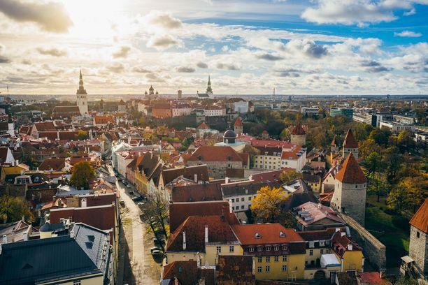 Ilmakuva Tallinnasta syksyllä.