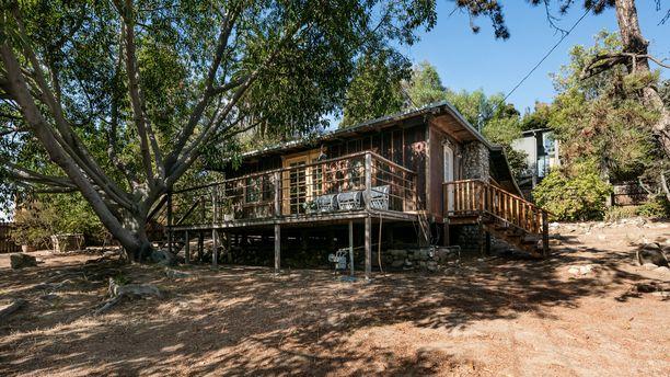 Tältä laulaja Lana Del Reyn uusi koti näyttää - maksoi miljoona euroa 57988b6a1b
