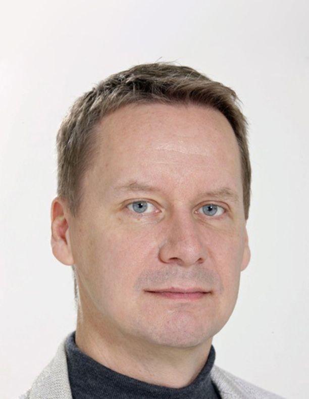 HUS-kuntayhtymän sote-valmistelusta vastaava yhteyspäällikkö Janne Aaltonen sanoo, että sote-uudistus paisuttaa terveysmenoja tavalla, jossa ei ole mitään järkeä.