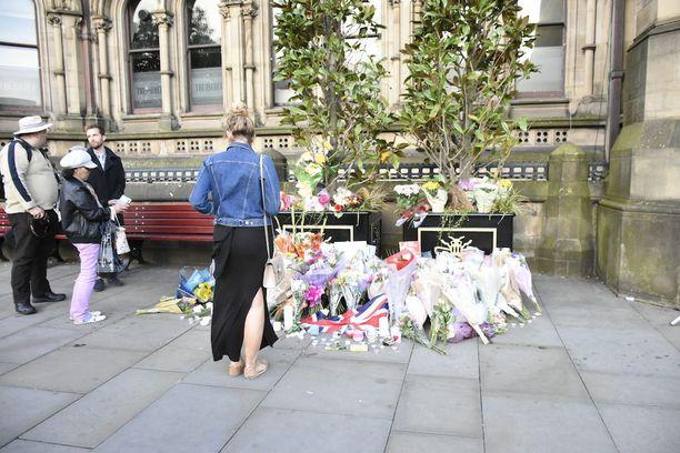 Tuhoisassa terrori-iskussa kuoli 22 ihmistä.