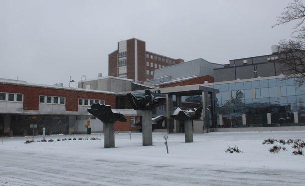Kaatuneeseen syytteeseen johtanut toimenpide suoritettiin Jyväskylässä sijaitsevassa Keski-Suomen keskussairaalassa joulukuussa 2010.