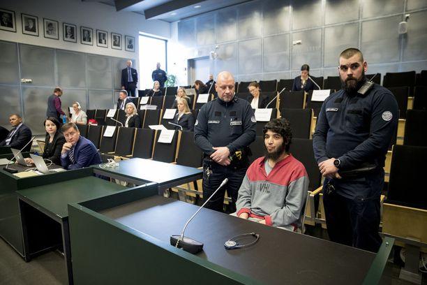 Turvallisuussyistä viisiviikkoinen pääkäsittely järjestetään kokonaisuudessaan Saramäen vankilan auditoriossa Turussa.