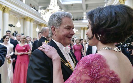 Tiesitkö? Ruotsin prinssi tuli Suomeen ja Linnan juhlat peruttiin - näistä syistä poikkeusjärjestelyjä ja perumisia on aiemminkin ollut