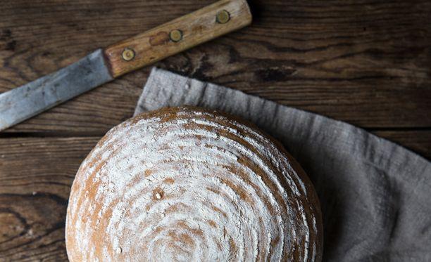 Jos paistat leivän korissa, saat kauniin kuvion sen pintaan.