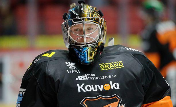 Juha Järvenpää kärsii pelikieltoaan vielä ensi kauden alussakin.