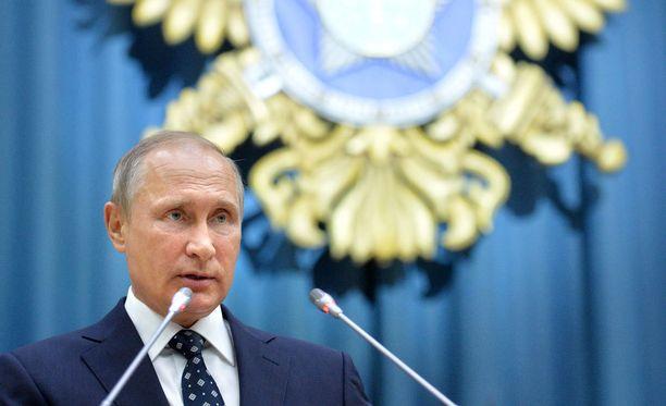 Vladimir Putin täyttää 64 vuotta.