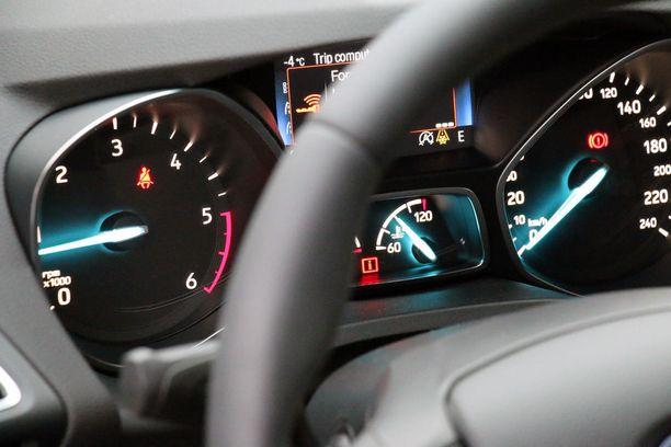 Fordin mittaristoarkkitehtuuri on sinistä.