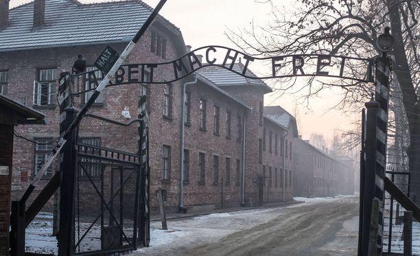 Yritys sai osakseen kovaa kritiikkiä avatessaan holokausti-teemaisen pakohuoneen. Kuva Auschwitzin keskitysleiriltä.
