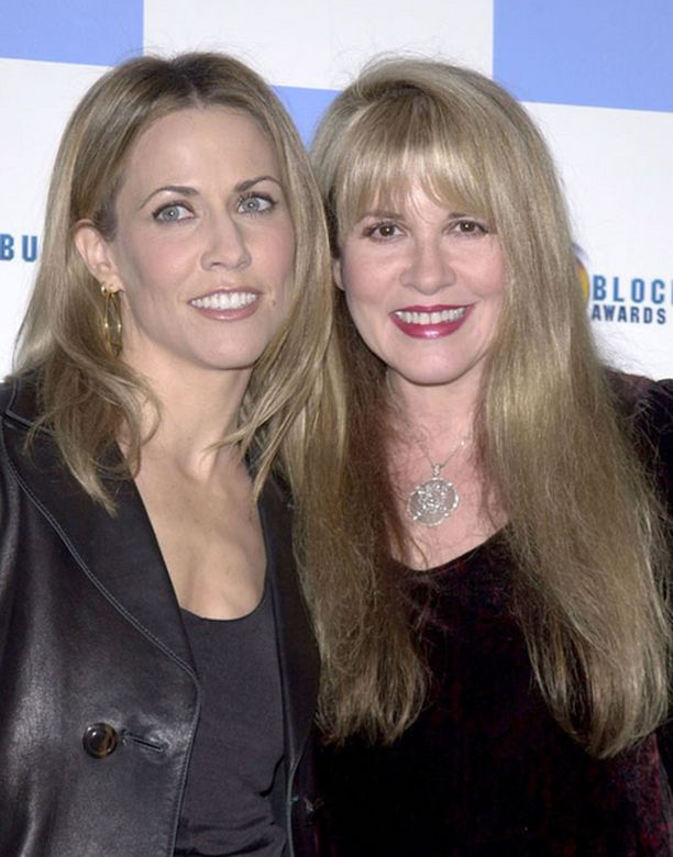 Sheryl Crow ja Fleetwood Macin Stevie Nicks ovat olleet yhteistyössä aiemminkin. Kuva vuodelta 2001.