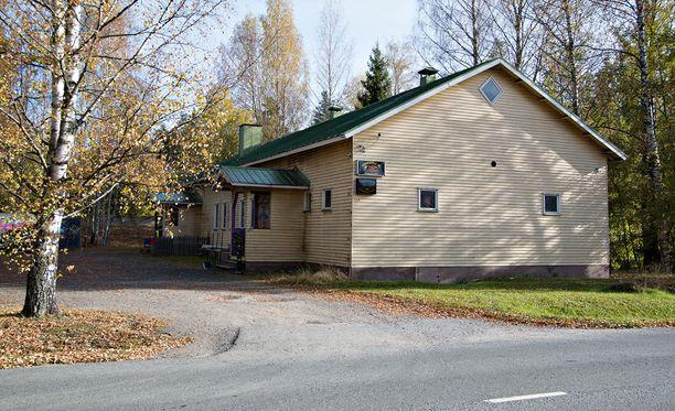 Käikälän Kisapirtti Hämeenlinnassa, joka on toiminut Cannonballin kerhotilana.