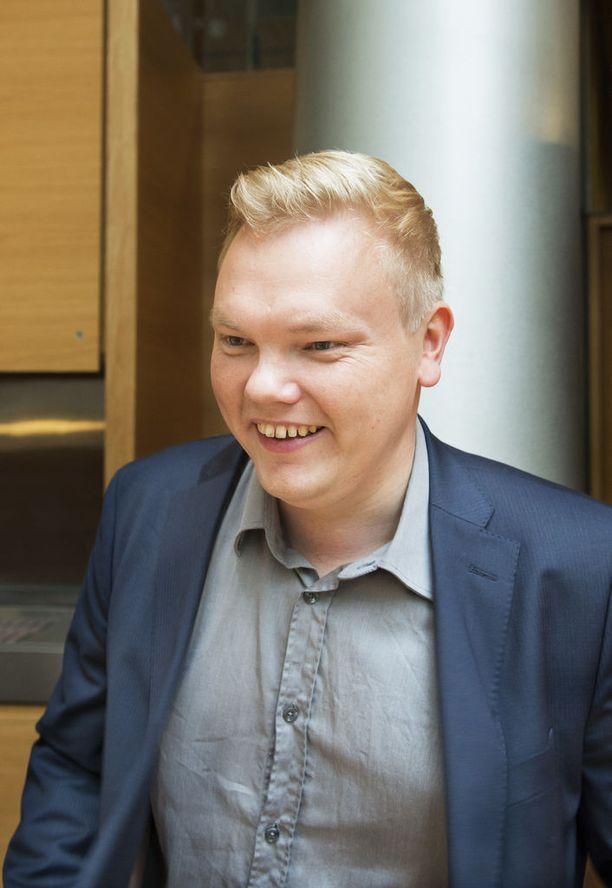 Kansanedustaja Antti Kurvinen on sitä mieltä, että perintöverosta olisi luovuttava.