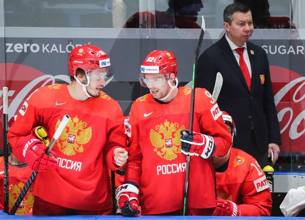 Mihail Sergatshjov, Jevgeni Kuznetsov ja Ilja Vorobjev olivat aseettomia välierässä Suomea vastaan.