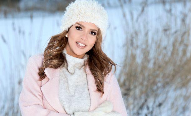 Sara Chafak arvostelee rajusti julkisella Facebook-päivityksellään terveyskeskuspalveluja.