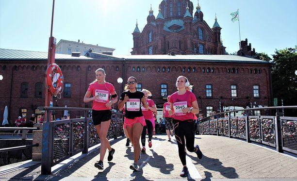 Erilaiset juoksutapahtumat kasvattavat suosiotaan suomalaisten keskuudessa.