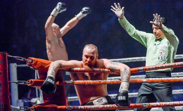 Johann Duhaupas pudotti Robert Heleniuksen viime huhtikuussa.