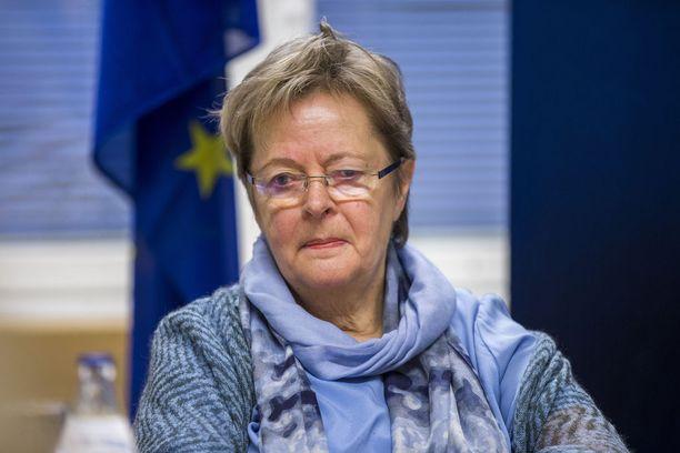 SDP:n euroedustaja Liisa Jaakonsaari on pettynyt siihen, että tasavallan presidentti Sauli Niinistö ei vieraillut EU-parlamentissa Suomen juhlavuonna.