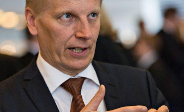 Maatalous- ja ympäristöministeri Kimmo Tiilikainen (kesk).