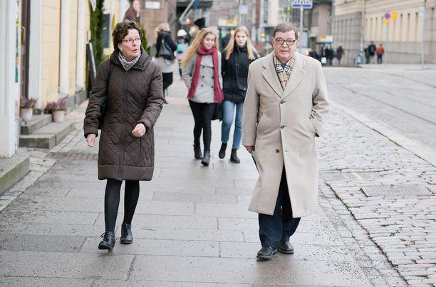 Paavo Väyrysen mukaan Terve Helsinki -liike pyrkii tervehdyttämään pääkaupungin poliittista elämää.