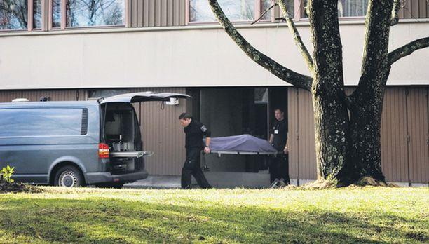 Iltalehti uutisoi lähes kolme vuotta kuolleena olleen eläkeläisen löytymisestä torstaina.