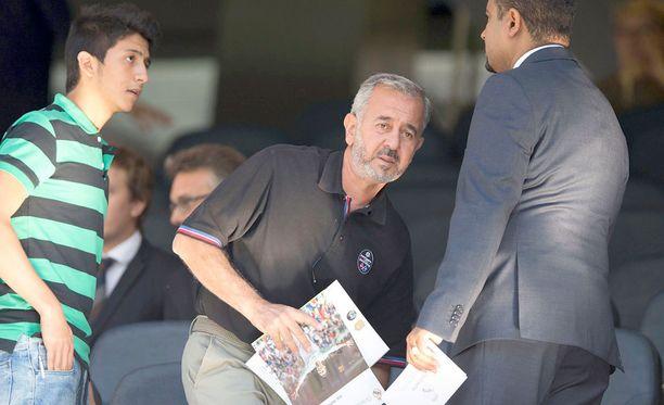Osama Abdul Ohsen on jo tuttu näky Santiago Bernabéun lehtereillä.