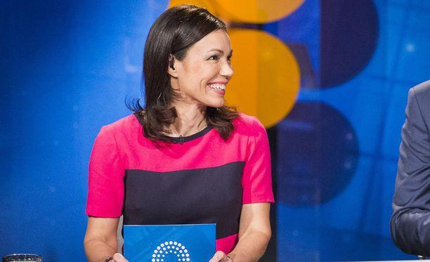 Susanne Päivärinta kritisoi kollegoilleen lähettämässään viestissä tiukasti Atte Jääskeläistä.