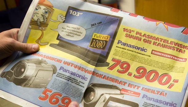 Jättitelkkaria mainostetaan kuluttajille suunnatussa mainoslehtisessä.