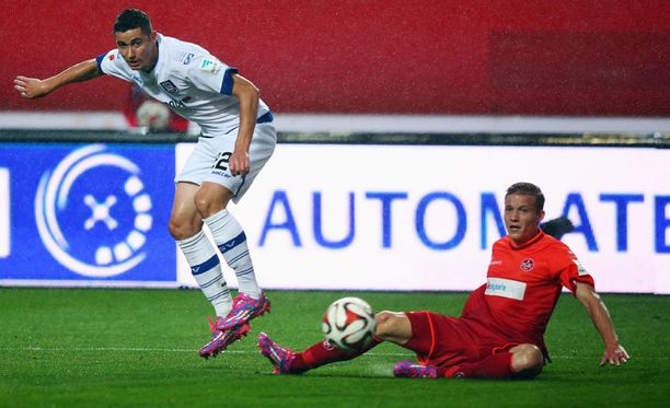 Alexander Ring (oik.) pelaa huippukautta Saksan kakkosliigassa.