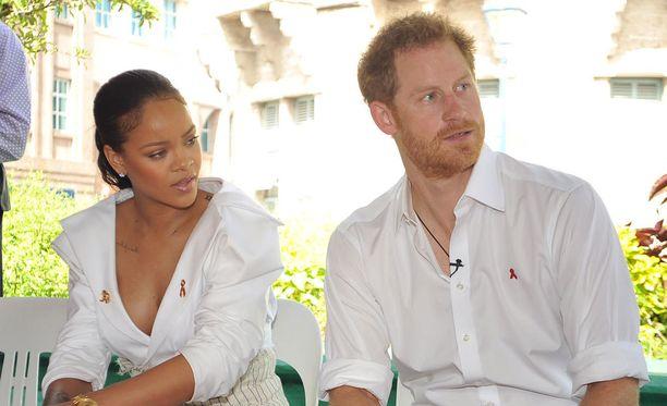 Prinssi Harry ja poptähti Rihanna vierailivat Barbadoksella samaan aikaan.