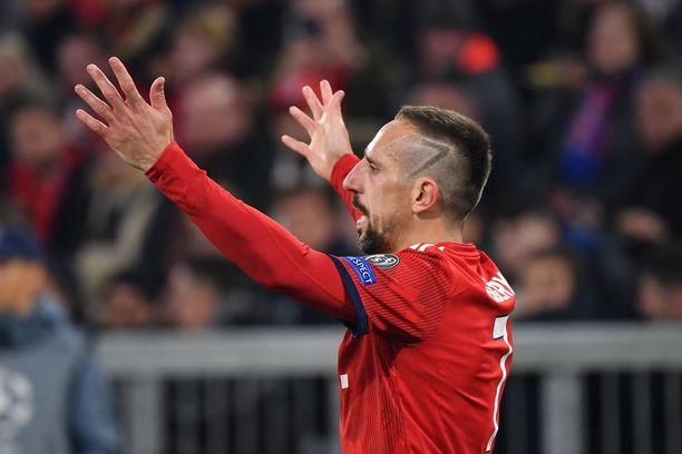 Franck Ribéryn väitetään käyneen käsiksi tuttuun toimittajaan.