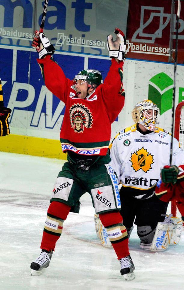 Tomi Kallio pelasi Frölundassa yhdeksän kautta.