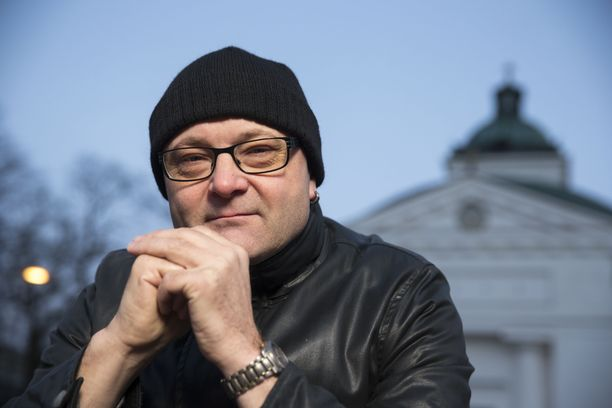 Tapio Suominen poistettiin työpaikaltaan ennen irtisanomista, kertoo MTV.