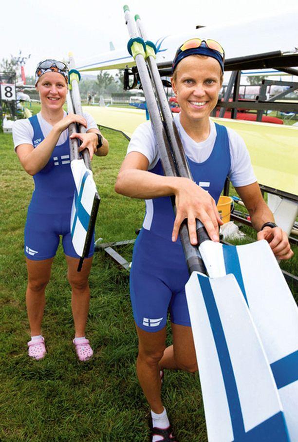 HETI TULESSA Minna Nieminen ja Sanna Sten aloittavat olympiaurakkansa sunnuntaina.