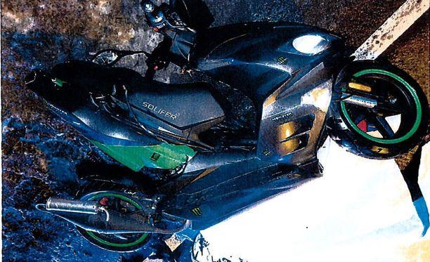 Toinen onnettomuudessa tuhoutuneista mopoista oli vasta edellisenä päivänä ostettu.