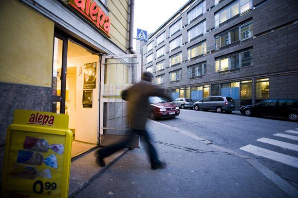 Virolaisnuoria pakotettiin myymälävarkaiksi Suomeen.